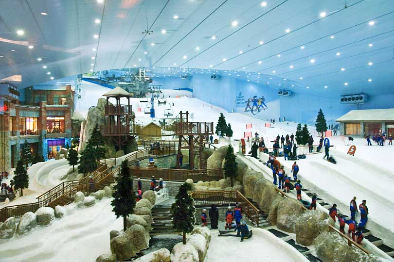 Skiing in the Mall of the Emirates, Dubai, United Arab Emirates
